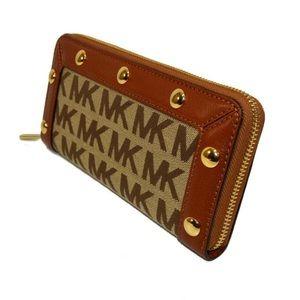 Michael Kors delancy wallet